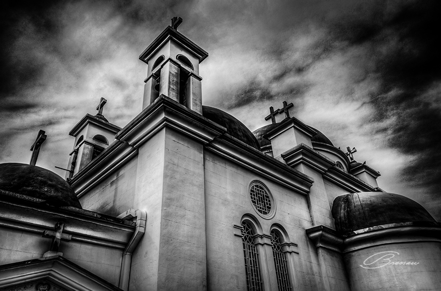 The Greek Monastery. Nikon D90, 18-200mm, f/8, ISO 160, bracketed at 1/125, 1/250 and 1/500s. Worked with 32 bits in Camera Raw and PS6 and then applied Topaz BW and Topaz Adjust filters.